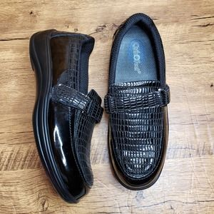 Orthofeet 819 Chelsea patent leather black loafer